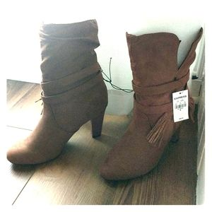 Express tan suede boots NWT